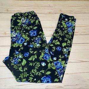 LuLaRoe Tall & Curvy Black Floral Leggings